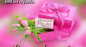 Hommage à toutes les mamans du monde, avec des fleurs et une jolie chanson!