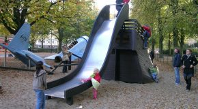 Des terrains de jeu au design futuriste et très amusant pour tous les enfants du monde