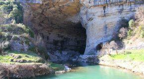 La grotte du Mas-d'Azil dans le département de l'Ariège en France