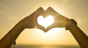 Amour, amitié, paix… Tout ce qu'il faut pour être heureux!