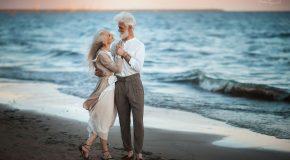 Scènes très romantiques d'un couple âgé, sous l'objectif de la photographe Irina Nedyalkova