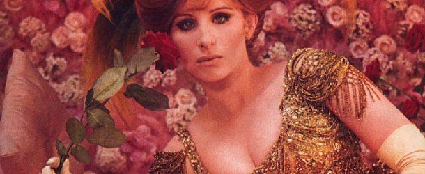 Barbara Streisand chante «Memory», c'est chaud, émouvant et beau!