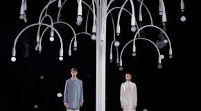 Une installation artistique qui produit de jolies bulles parfumées