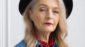 Oldushka l'agence de mannequins avec des personnes âgées