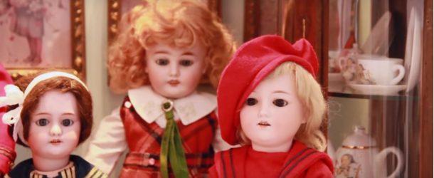 Balade entre les poupées antiques les plus merveilleuses qui soient!
