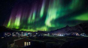 La magie des aurores boréales en Norvège et en Finlande