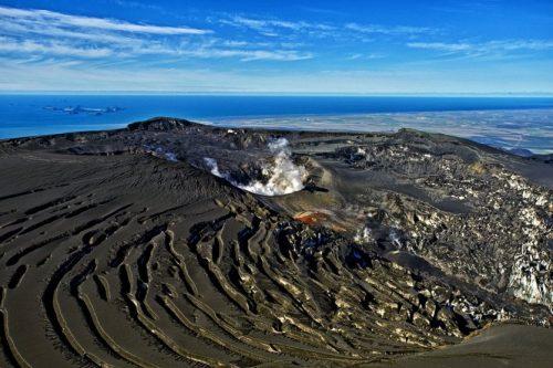 13093-10-volcans-actifs-dans-le