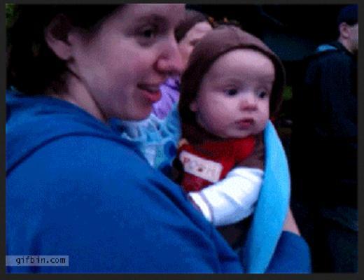 Quand un bébé n'aime ou n'aime pas quelque chose, il le fait savoir avec une grimace
