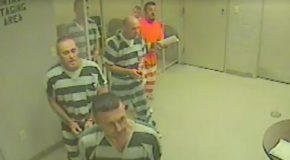 Incroyable, des prisonniers s'évadent le temps de sauver leur gardien évanoui
